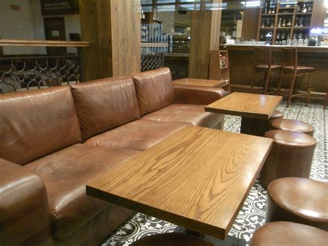restaurant sofas file hk sheung wan night centrestage bridges street