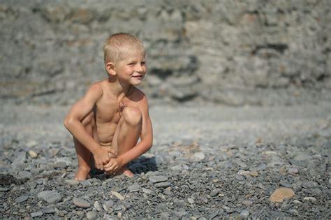 Azov Boys Nudity | azov films anton sexy girl and car photos