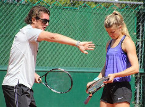 tennis couch eugenie bouchard parts ways with tennis coach sam sumyk