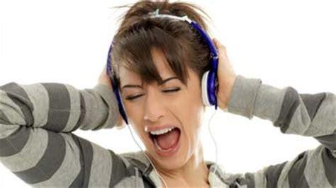 Headphone Bulu Apakah Menggunakan Headphone Dapat Berdak Buruk Bagi