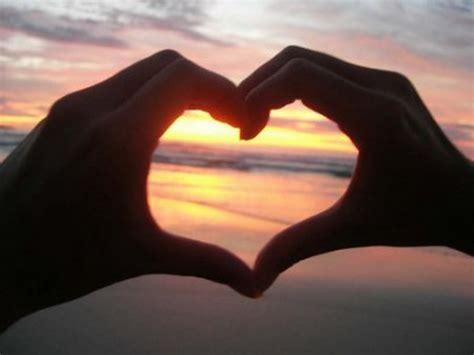 imagenes de amor y amistad juntas definici 243 n de amor qu 233 es y concepto