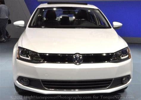 volkswagen jetta  offer turbocharged  cylinder drop  inline  torque news