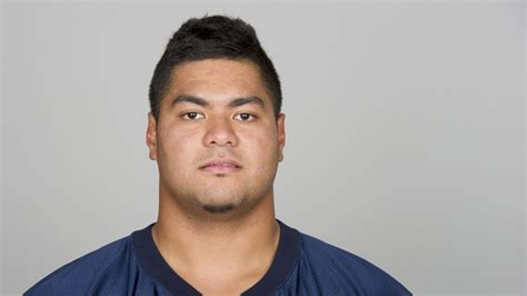stephen paea bench stephen paea bench press 28 images 2011 nfl scouting combine stephen paea breaks