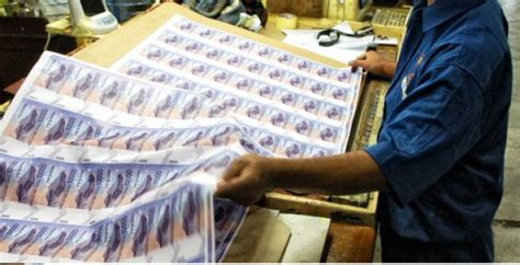 Cetak Uang Indonesia cetak uang kertas 9 3 miliar bilyet peruri klaim cuma 3