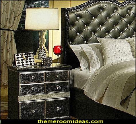 old hollywood vintage glamour bedroom a queens castle pinterest hollywood dark and everything decorating theme bedrooms maries manor luxe