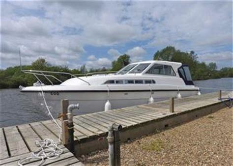 boat shop broome boating holidays broom boats norwich brundall