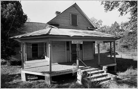 black and white house for sale goodle days