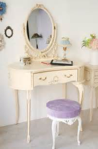 Girly Vanity Stool 527 Best Images About Dressing Tables On