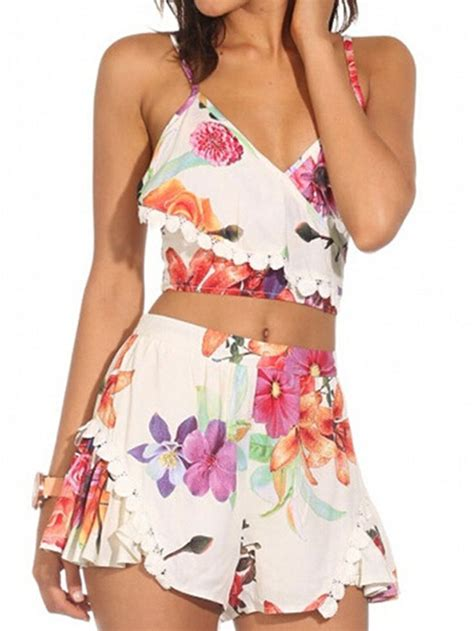Baru Astrid Overall Jumpsuit floral spaghetti v neck crop top with high waist shorts choies things to wear