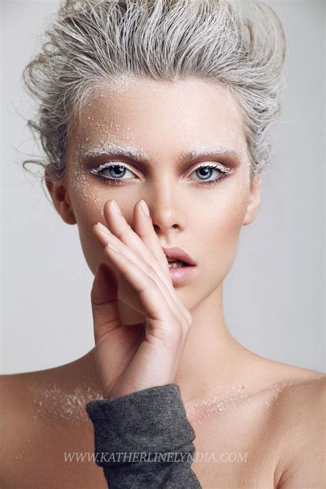 White Makeup Trend 2008 by Best 25 Fashion Makeup Photography Ideas On