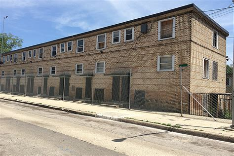 cabrini green row houses cha s transformation reshaped a city better government