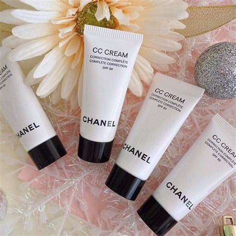 Harga Chanel Les Beiges chanel cc complete correction spf 50 20 beige