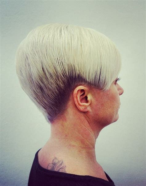 tapped hair cut for over 5o short tapered womens back view of tapered haircut short