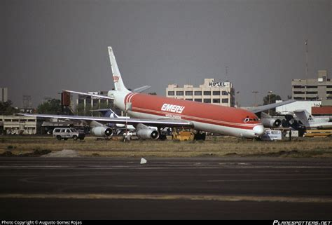 n957r emery worldwide airlines douglas dc 8 63af photo by augusto gomez rojas id 238844