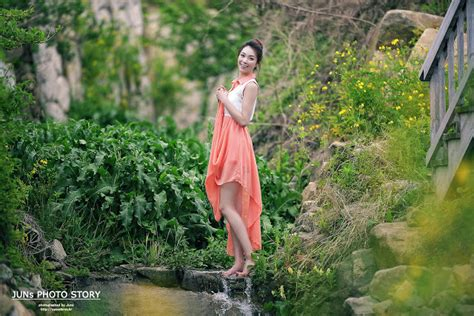Hängematte Outdoor by Ju Da Ha Outdoor Photoshoot Korean Models Photos