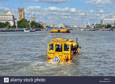 river thames duck boat duck tours hibious vehicle on river thames stock photo
