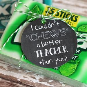 gum gift tag printables cutesy crafts