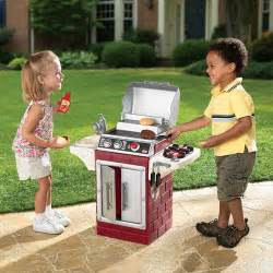 Backyard Bbq Kid Tikes Backyard Barbecue Get Out N Grill Play Set