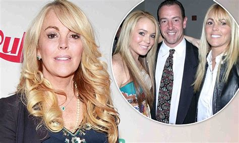 Lindsay Lohan And Storch Bury The Hatchet by Lindsay Lohan S Dina Cries After Burying Hatchet
