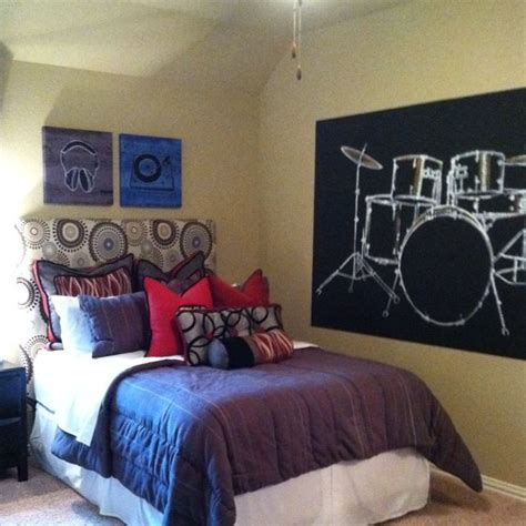 music bedroom wallpaper music themed boy room for the home pinterest