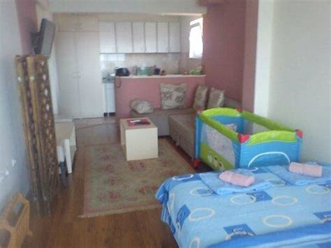 one bedroom apartment with baby studio apartment with possibility for extra bed and baby