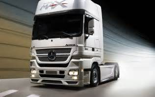Mercedes Truck And Mercedes Actros Wallpaper