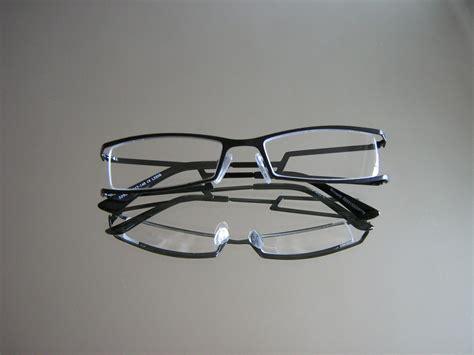 gestell zum aufhängen designer brille doppelb 252 geldesign incl sehst 228 rke