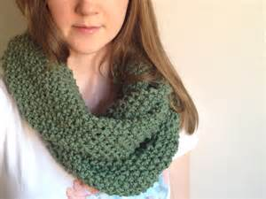 Knitted Infinity Cowl Pattern Infinity Scarf Knitting Patterns A Knitting