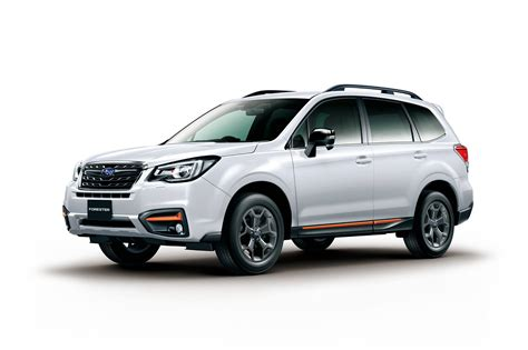 subaru exiga crossover 7 subaru exiga crossover7 x break debuts in japan