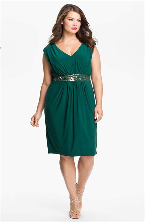 Bridesmaid Dresses For Small Bust - find a bridesmaid dress for your type by j