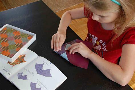 Folded Paper L - origami fiche et kubo et l armure magique crapaud chameau