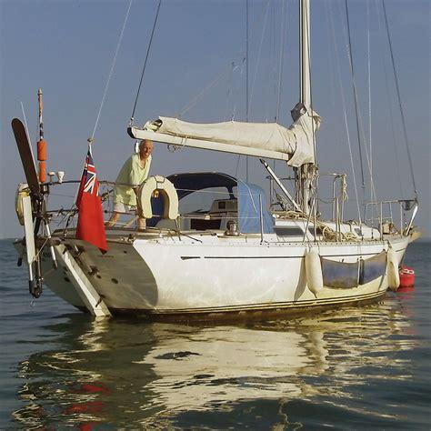 round robin boat race robin davie golden globe race