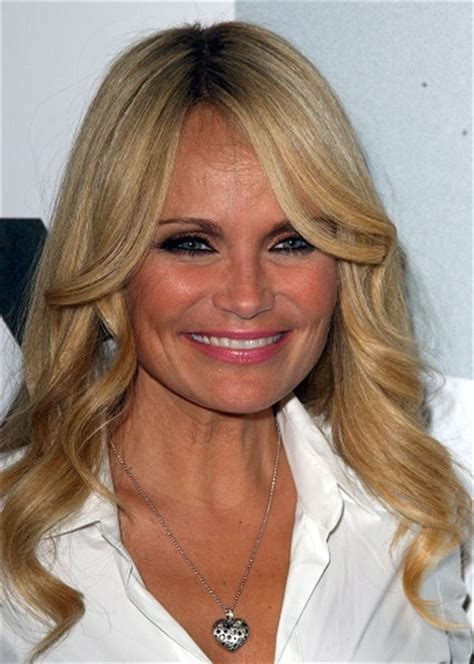 fine lifeless hair styles hairstyles kristin chenoweth long layered hairstyle