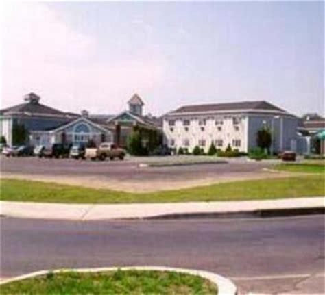 comfort inn in plattsburgh ny comfort inn suites plattsburgh plattsburgh deals see