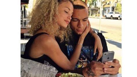 stephanie bertram rose tattoo van der wiel verklaart liefde voor belgisch topmodel op