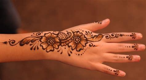 gambar tato di kaki simpel 17 tato henna di kaki 170 sleeve tattoos ideas for