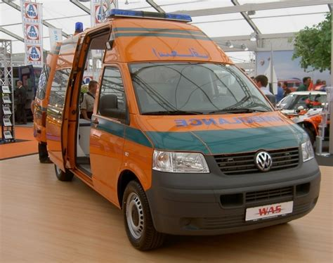 volkswagen egypt ambulance photos prototype volkswagen t5 was ambulance egypt