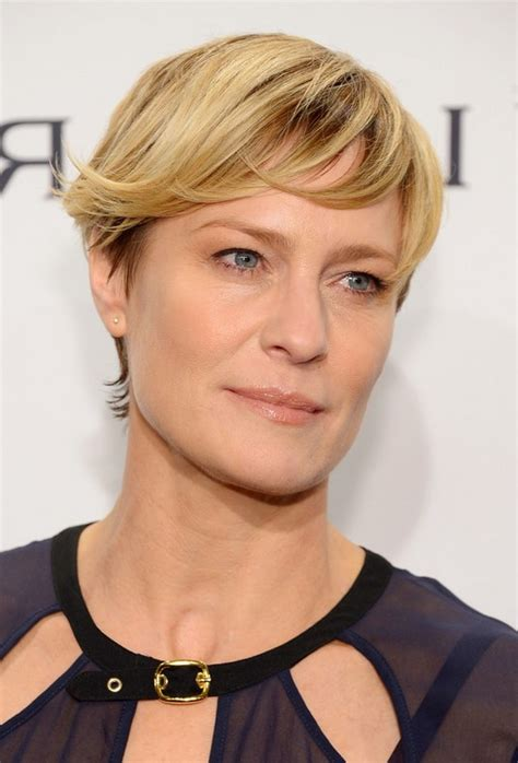 Wright Hairstyles by Robin Wright Haircut With Side Swept Bangs