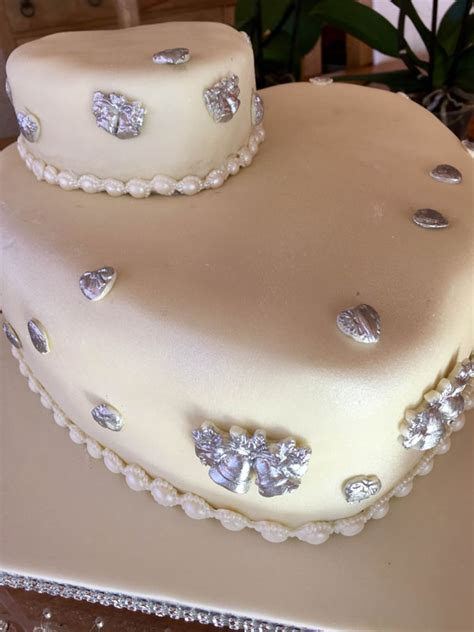 Shaped Wedding Cakes by Wedding Cakes Cake Maker For Weddings Costa Blanca