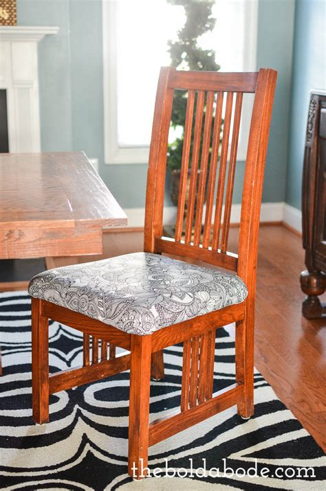 4 tips for recovering dining room chairs