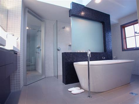 Design A Bathroom by Minosa Modern Main Bathroom Designed To Share