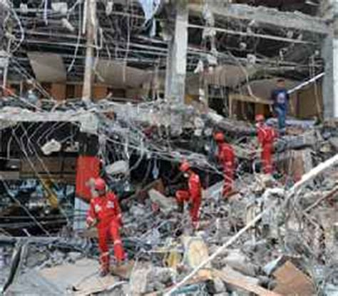 Fenomena Gempa 30 September 2009 misteri ilahi jelang gempa dahsyat padang fenomena alam semesta