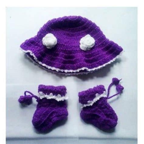 topi rajut bayi handmade material benang wool bisa pesan sesuai model dan warna yang