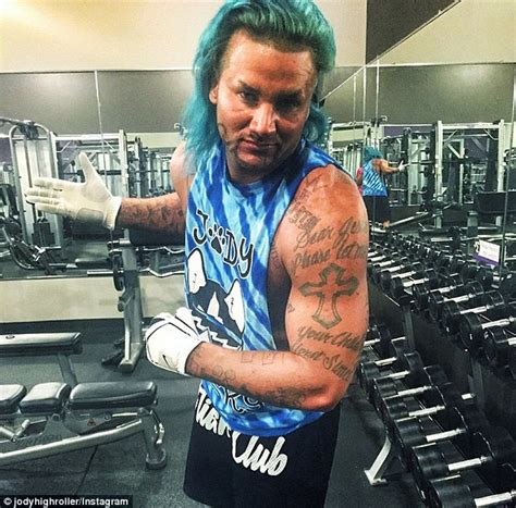 rapper riff raff offers himself as 28 000 prom date