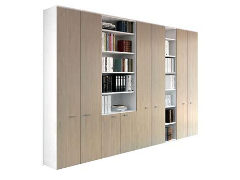 armoire de rangement bureau armoires et caissons m 233 lamin 233 s armoires tout hauteur i