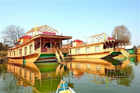 houseboat deals gurkha houseboats srinagar compare deals