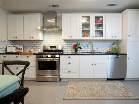 White Tile Backsplash Kitchen Contemporary White Kitchen With Subway Tiles Home Decorating Trends Homedit