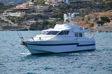 airbnb yacht m y uzuri boats for rent in agios nikolaos crete greece