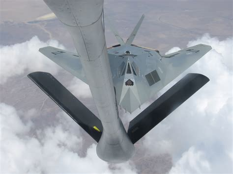 the aviationist 187 quot gray quot the only f 117a nighthawk stealth fighter painted in a two tone
