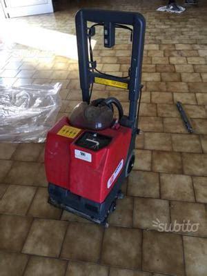 scopa aspira e lava pavimenti aspira lava asciuga pavimenti in vendita posot class